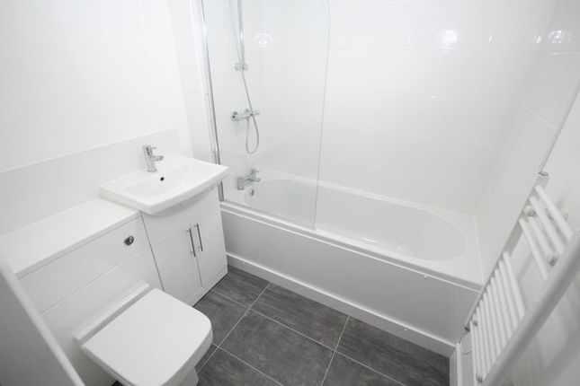 Thumbnail Flat to rent in Apt 1, Smith Street, Rochdale