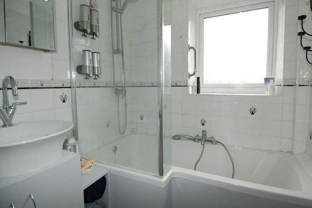 Bathroom of Queens Avenue, Kidlington OX5