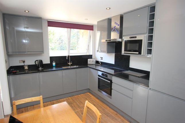 Thumbnail Flat to rent in Burr Close, London