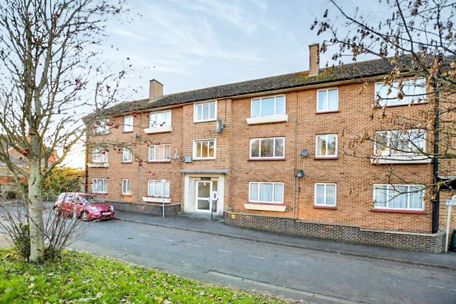 Thumbnail Flat for sale in Queensway, Newton Abbot