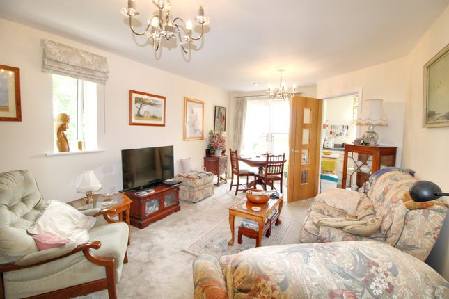 Thumbnail Flat for sale in Barleythorpe Road, Oakham