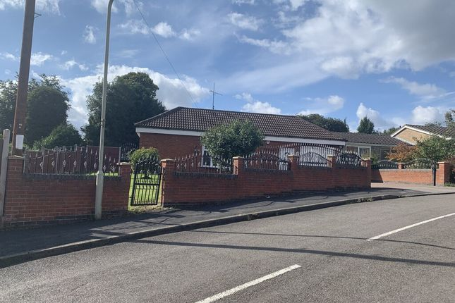 Thumbnail Detached bungalow for sale in Kent Drive, Oadby, Leicester