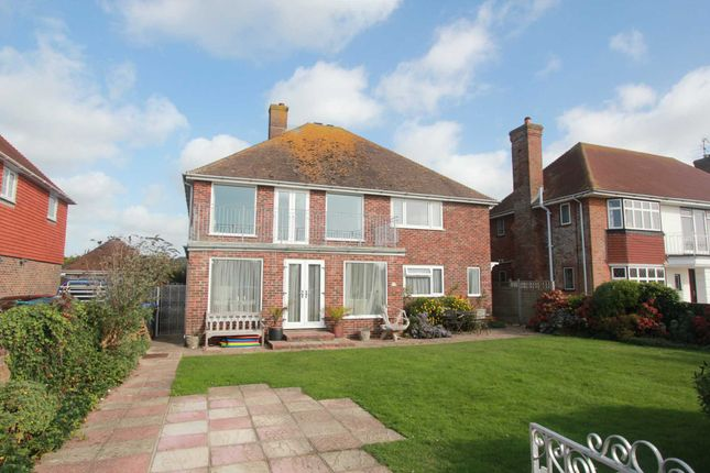 Thumbnail Flat to rent in Marine Crescent, Goring-By-Sea, Worthing