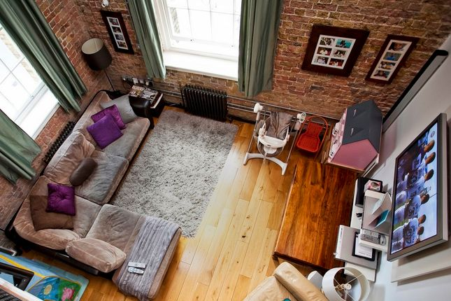Thumbnail Flat to rent in Marlborough Road, Greenwich, London