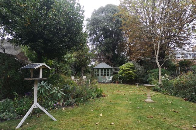 Secluded Oasis of Queens Road, Gosport PO12