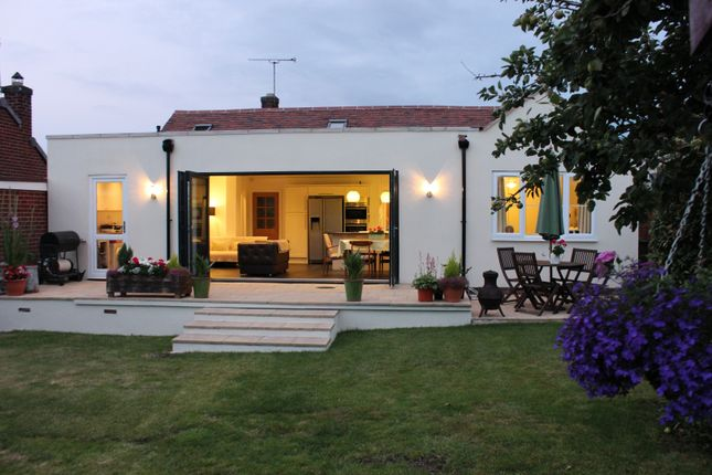 Thumbnail Detached bungalow for sale in Avon Road, Kenilworth
