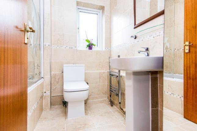 Bathroom of Devereux Road, Chafford Hundred, Grays RM16