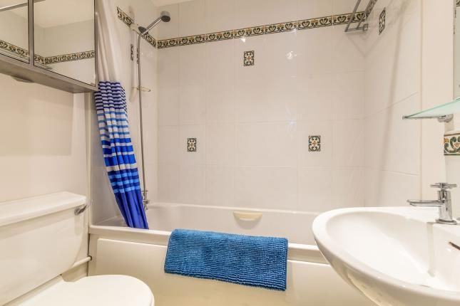 Bathroom of The Mariners, Valetta Way, Rochester, Kent ME1
