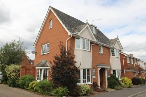 Thumbnail Property to rent in Great Marlow, Hook