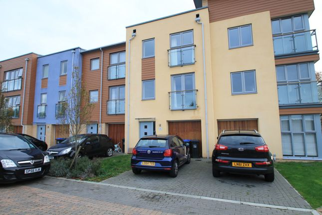 Thumbnail Town house to rent in Bluebell Way, Goring-By-Sea, Worthing