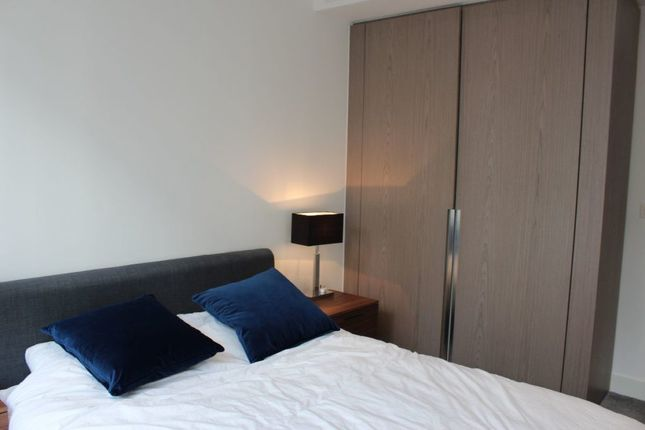 Thumbnail Terraced house to rent in 150 Vaughan Way, London