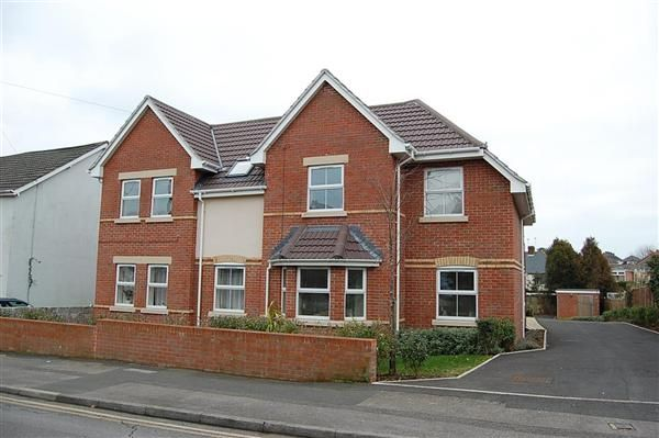 Thumbnail Flat to rent in Flat 1, 114 Uppleby Road, Parkstone