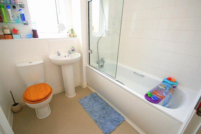 Bathroom of Campbell Lane, Pitstone, Bucks. LU7