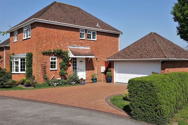 Thumbnail Detached house for sale in Mountfield, Hythe, Southampton