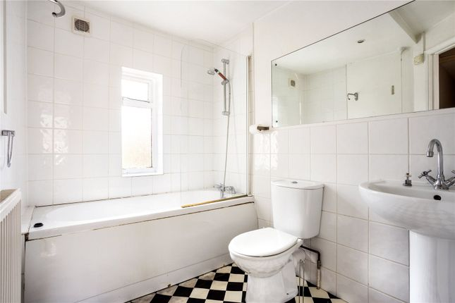 Bathroom of West Street, Henley-On-Thames, Oxfordshire RG9