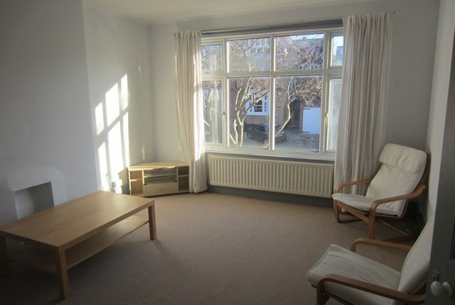 Thumbnail Flat to rent in Fawnbrake Avenue, Herne Hill, London