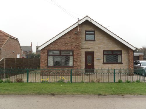 3 bed bungalow to rent in Ferneries Lane, Barnetby
