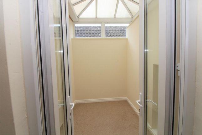Top Flat Sunroom of High Street, Blakeney GL15