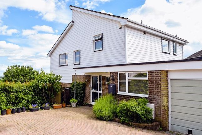 Thumbnail Detached house for sale in Grebe Close, Alton, Hampshire