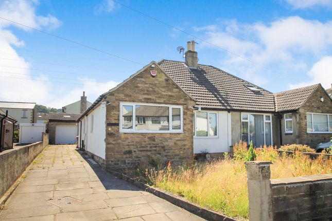 Thumbnail Semi-detached bungalow to rent in Thorne Close, Stanningley, Pudsey