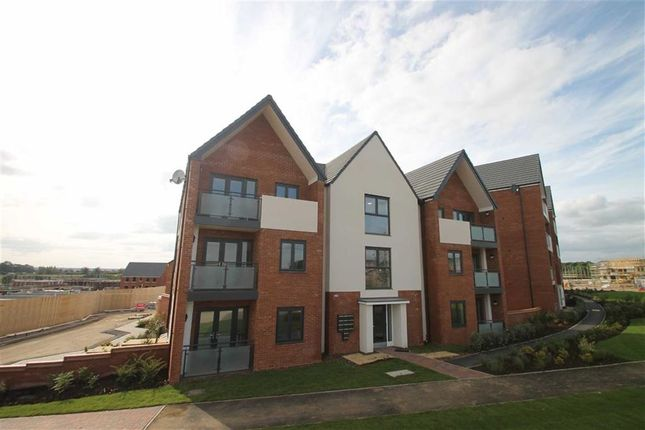 Thumbnail Flat to rent in Cicero Crescent, Fairfields, Milton Keynes