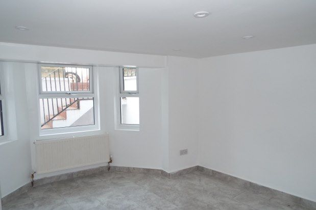 Thumbnail Property to rent in Studley Road, London