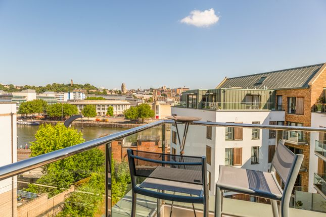 Thumbnail Flat for sale in Gaol Ferry Steps, Bristol