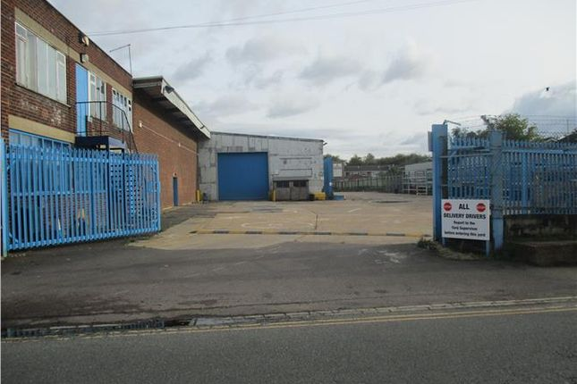 Thumbnail Light industrial to let in Keyline Premises, 84A Ford End Road, Queens Park, Bedford