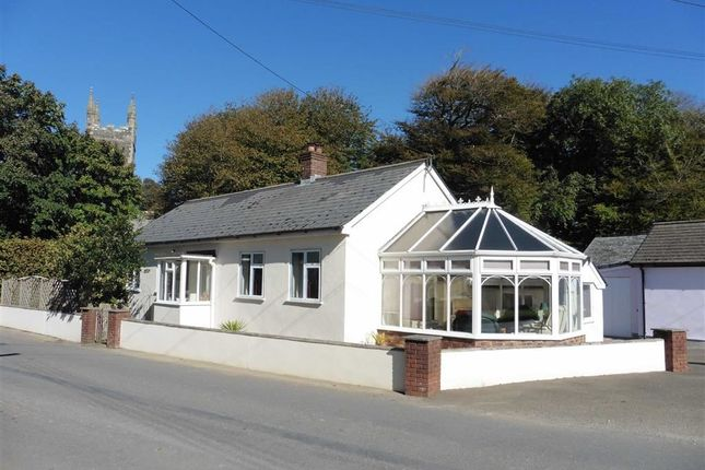 Thumbnail Detached bungalow to rent in The Square, Bradworthy, Devon