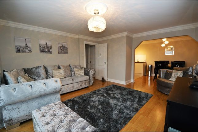 Thumbnail Flat for sale in Stock Road, Billericay