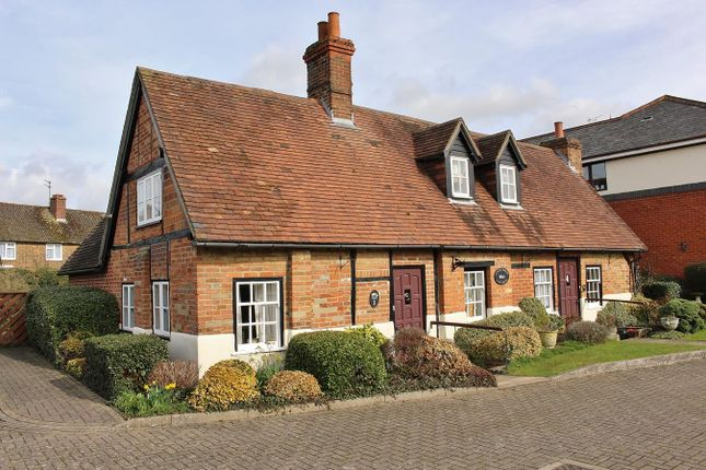 Thumbnail Property for sale in Reading Road, Pangbourne, Reading