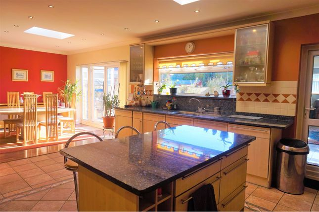 Kitchen of Great West Road, Hounslow TW5