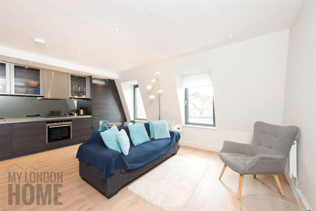 Thumbnail Flat for sale in The Lincolns, Grays Inn Road, London