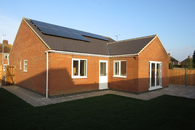 Thumbnail Detached bungalow for sale in Marriotts Drove, Ramsey Mereside, Huntingdon