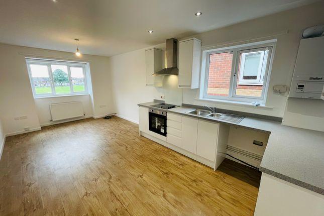2 bed flat to rent in Midland Court, Kimberworth, Rotherham S61