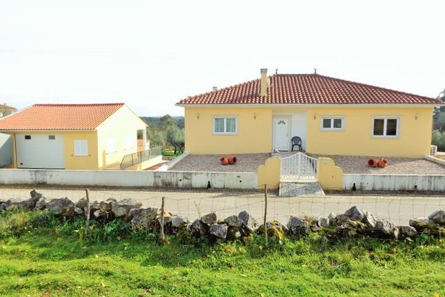 Thumbnail Detached house for sale in Alvorge, Ansião, Leiria, Central Portugal