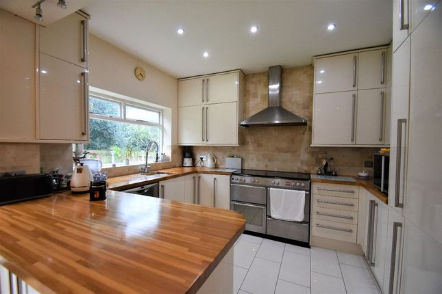 Thumbnail Semi-detached house for sale in Gunnersbury Crescent, London