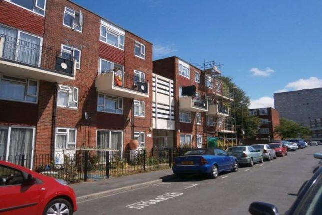 Thumbnail Flat to rent in Waterloo Street, Southsea