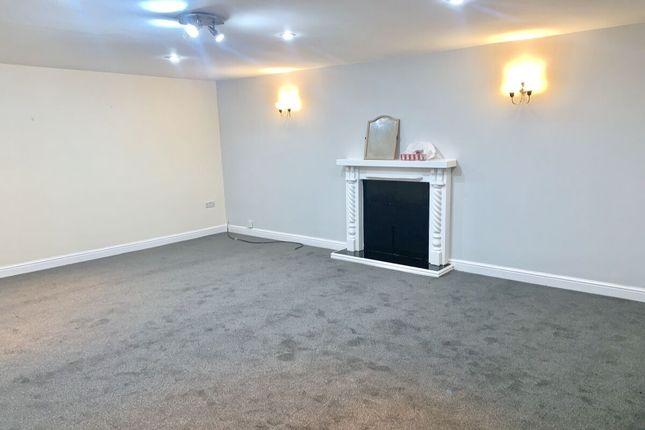 Thumbnail Flat to rent in Ballfield Lane, Darton, Barnsley