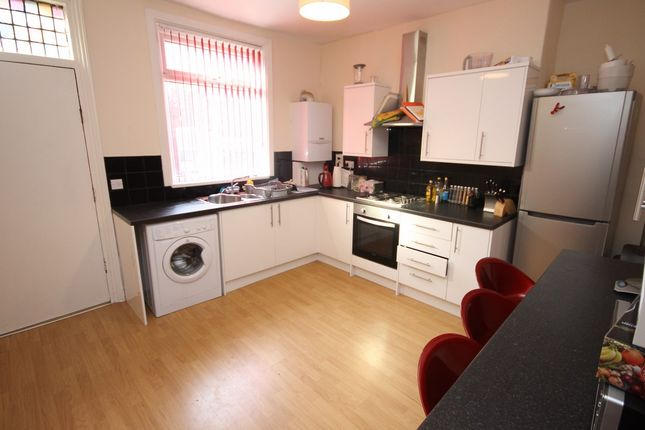 Thumbnail Terraced house to rent in Thornville Street, Hyde Park, Leeds