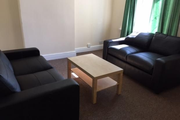 Thumbnail Flat to rent in Longcross Street, Adamsdown, Cardiff