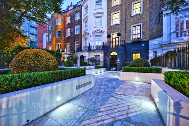 Thumbnail Semi-detached house to rent in Knightsbridge, London