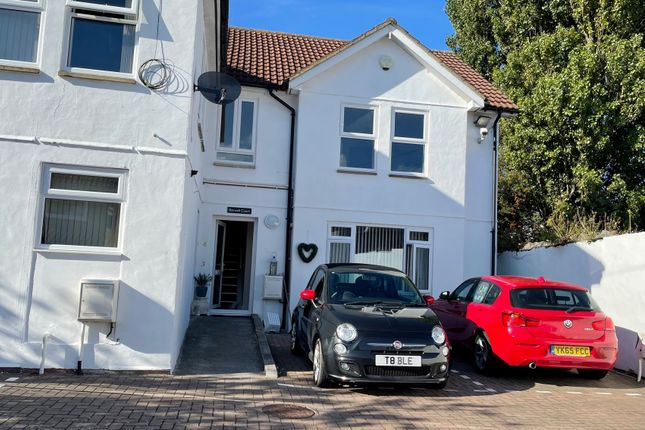 Thumbnail Flat to rent in High Street, Worle, Weston-Super-Mare
