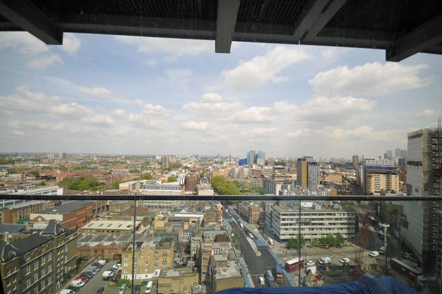2 bed flat for sale in Whitechapel High Street, Whitechapel