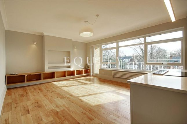 Thumbnail Flat for sale in Halcyon House, Private Road, Enfield