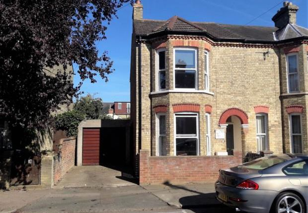 Thumbnail Semi-detached house to rent in Howbury Street, Bedford