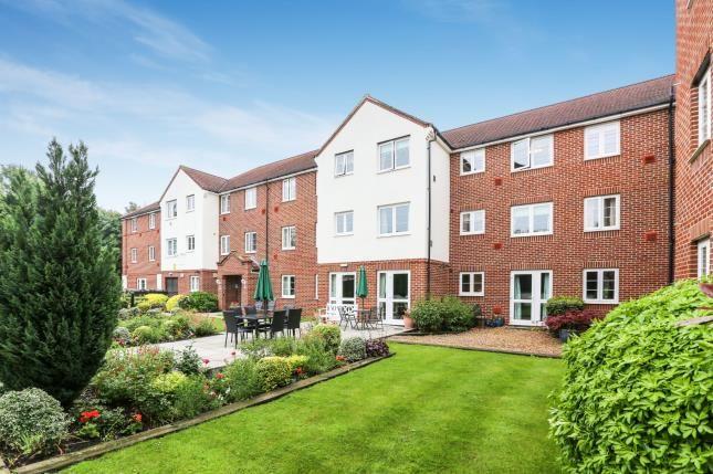 Thumbnail Flat for sale in Bennett Court, Station Road, Letchworth Garden City, Hertfordshire