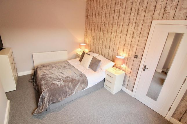 Thumbnail Terraced house to rent in Queens Road, Loughborough