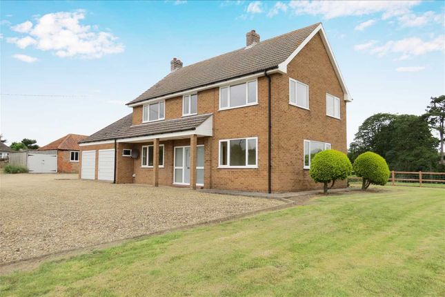 Thumbnail Detached house to rent in Bourne Road, Folkingham, Sleaford