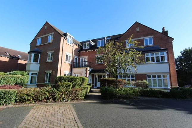 Thumbnail Flat for sale in Four Oaks Road, Four Oaks, Sutton Coldfield